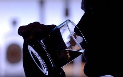 Помощь алкоголикам принудительно новосибирск лечение пчёлами при алкоголизме г челябинск ул плеханова