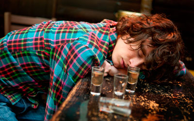 Злоупотребление алкоголем: причины и последствия - Веримед
