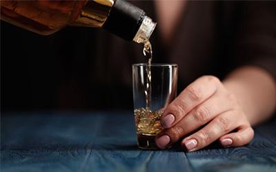 Признаки указывающие на развитие алкоголизма - Веримед