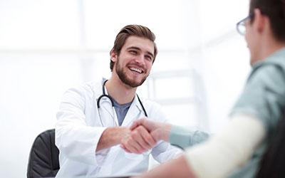 Встреча специалиста и больного - Веримед
