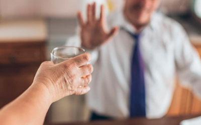 Отказ от алкоголя при участии специалистов клиники – Веримед
