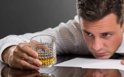 Длительный стаж употребления алкоголя и запрещенных веществ - Веримед