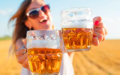 Пивной алкоголизм у женщин дает следующие симптомы - Веримед