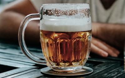Симптомы пивного алкоголизма у мужчин и женщин - Веримед