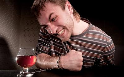 Алкогольная деградация личности - Веримед