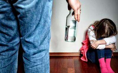 Как алкоголь влияет на психику пьющего - Веримед
