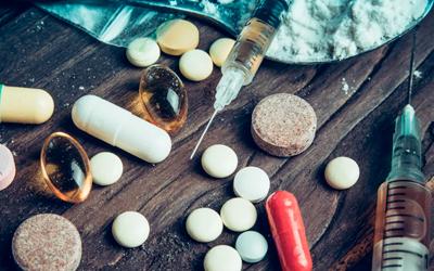 Совместимость Фенибута с наркотиками - Веримед