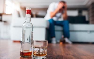 Поведение алкоголика перед запоем - Веримед