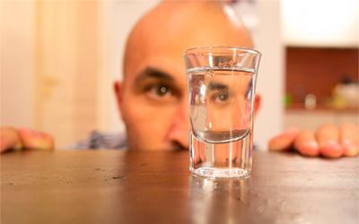 «10 лет трезвости»: история алкоголика До и После - Веримед