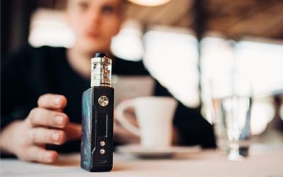 Жидкий никотин для вейпа и электронных сигарет: как он влияет на курильщика - Веримед