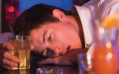 Алкогольное и наркотическое опьянение: признаки и состояние - Веримед