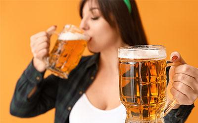 Почему краснеет лицо после алкоголя у женщин? - Веримед