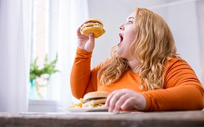 Компульсивное переедание и булимия: симптомы, признаки и последствия заболевания - Веримед